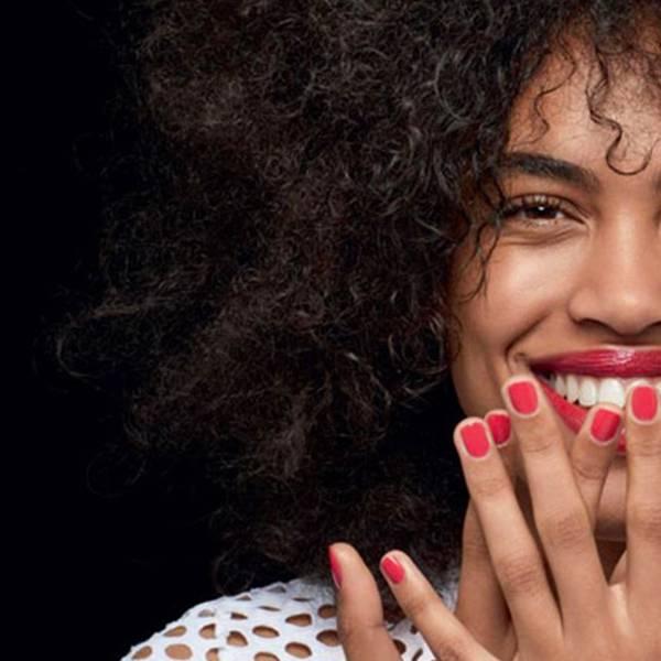 Artigo sobre maquiagem e espinhas - imagem principal